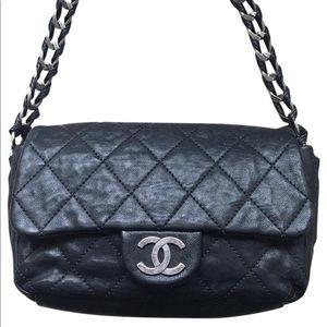 Chanel Glazed Calfskin Modern Chain Flap Bag Black
